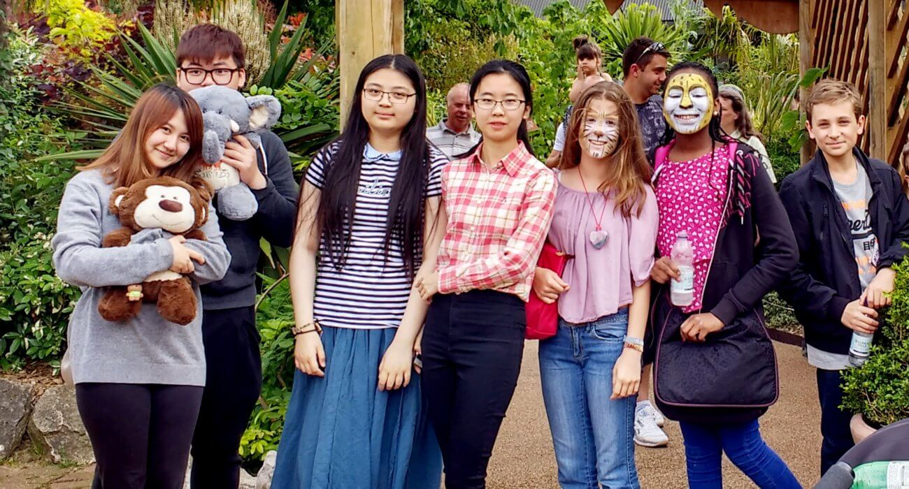 Boarders Enjoy a Trip to the Zoo